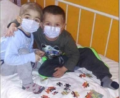 Допоможіть, будь ласка, врятувати життя двох братиків!