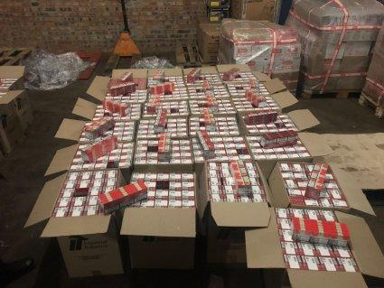 Масштабну партію контрабандних  цигарок виявили на Волині