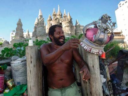Бразильський безхатько 22 роки живе у королівському замку