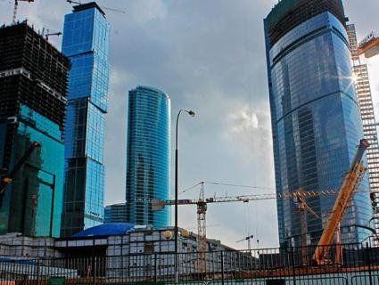 Нові правила будівництва: в будинках зникнуть сміттєпроводи, а ліфт «опустять» під землю
