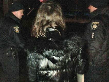 Нетвереза мати скинула з мосту 9-місячного сина