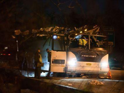 Шкільний автобус потрапив у ДТП: постраждали 40 дітей