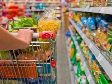Скільки продуктів можна купити за мінімалку українця?