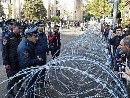 У Вірменії оголосили «оксамитову революцію»