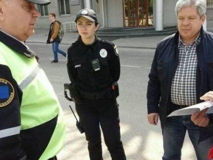 Депутат виявився нелегальним таксистом і втікав від поліції