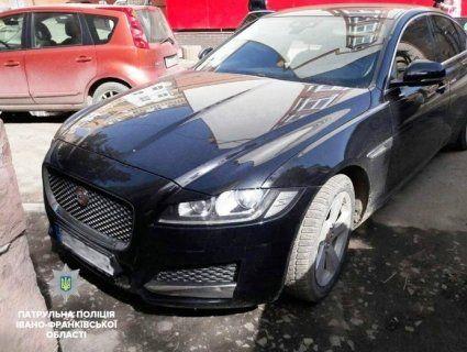 Авто, яке викрали у Лондоні, знайшли на Прикарпатті