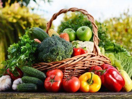 Чому не можна їсти ранні овочі: поради фахівців