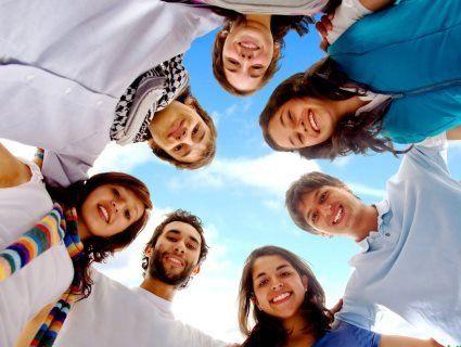 24 квітня світ відзначає Міжнародний день солідарності молоді