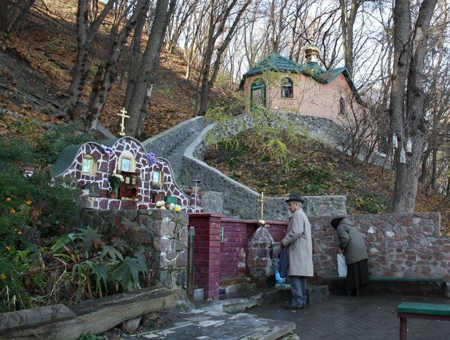 Які святі місця можна відвідати найближчим часом