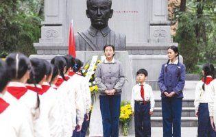 Китайці знімуть фільм про легендарного українського льотчика