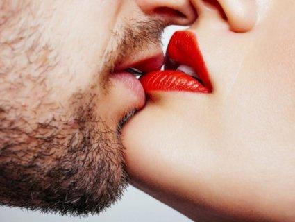 Вакуумний, Зорро, Ата: п'ятдесят відтінків поцілунку й чому варто цілуватися на роботі