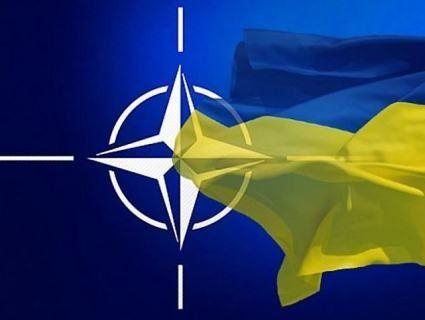 Членство України в НАТО можуть обговорити вже завтра