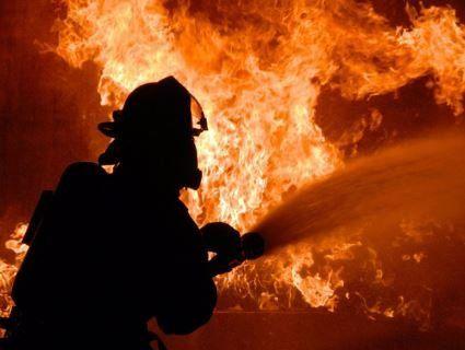Через займання на фабриці загинуло 2 працівника та 5 пожежників