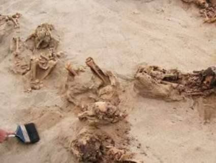У Перу знайшли масове поховання дітей, яких принесли в жертву