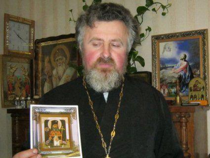 Ікона Луки Кримського мироточить і позбавляє від смертельних недуг
