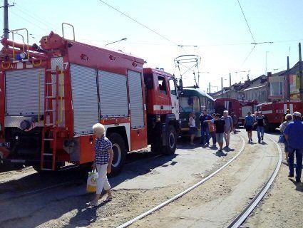 В Одесі ринок Привоз рятувало півсотні пожежних