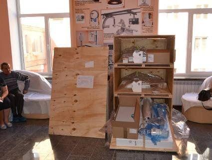 На Волині в обласну лікарню привезли обладнання від Світового банку