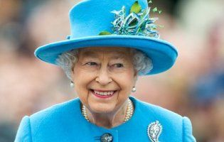 65 років правління королеви Єлизавети II оцінили у 2050 фунтів стерлінгів