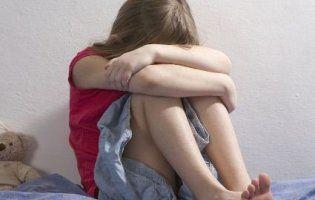 На Харківщині дівчинку, яку шукала поліція, утримував у себе 67-річний збоченець