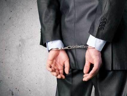 Бухгалтери поліції вигадали собі колег і 10 років платили їм зарплату