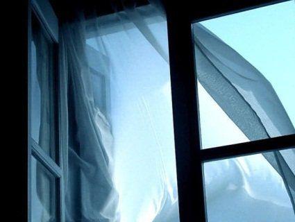 У Львові 81-річний дідусь викинувся з восьмого поверху лікарні
