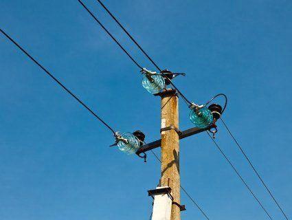 На Кіровоградщині невдаха завис на електричному стовпі