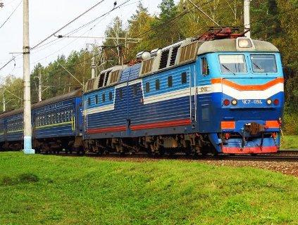 З поїзда Львів-Запоріжжя на ходу викинули жінку