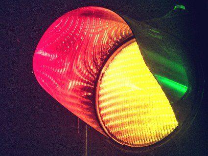 В Україні світлофори стануть двоколірними