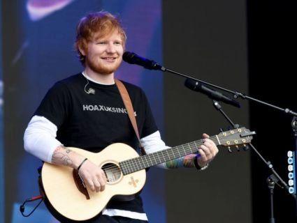 Співак Ед Ширан двічі перервав концерт, щоб «помочитися»