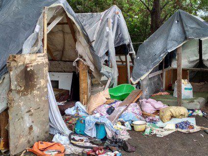 Підлітків, які порізали циган у таборі на Львівщині, помістили під варту