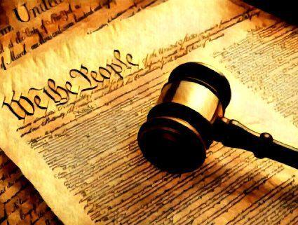Найдивовижніші Конституції світу: найкоротша у США, мирна в Японії та країни без Основного закону