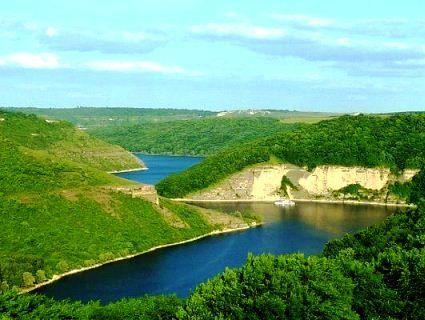 Цікаві місця в Україні: де яскраво провести вихідні