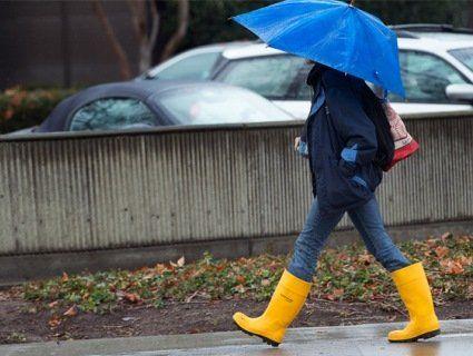 Холод, вітер, дощ: на Україну насувається арктичний циклон