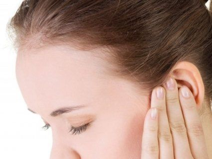 Сірчана пробка: симптоми та причини