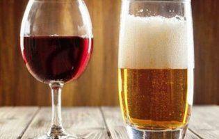 Вино та пиво запобігають раку