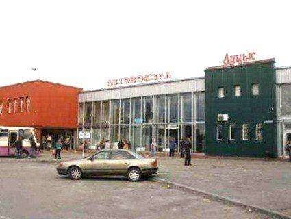 Луцька міськрада відхрестилася від скандалу з автостанцією