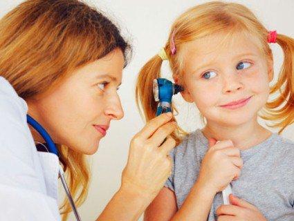 Туговухість: причини недуги та лікування гімнастикою