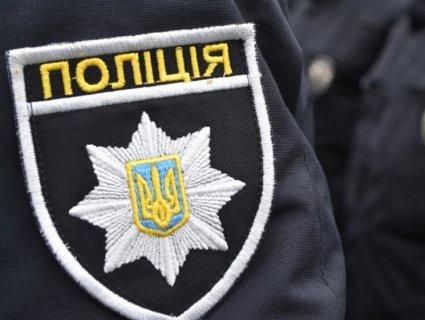 У Києві п'яні молодики напали на перехожих, а потім неадекватно відреагували на копів