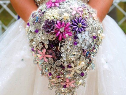 Поради професіоналів: як влаштувати весілля в срібному стилі