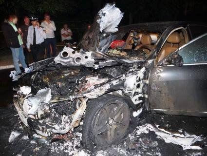 У Рівному підпалили авто депутата Святослава Стельмащука