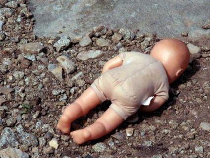 Жорстоко познущалась, а потім вбила свою новонароджену дитину