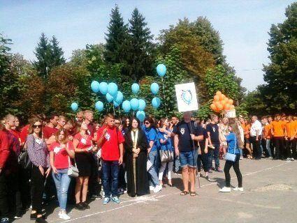 Козаки, польова кухня, безпілотник: першокурсників ЛНТУ посвятили у студенти (фото)