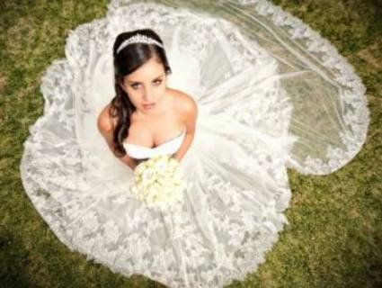 Убита горем наречена вийшла заміж за труп коханого перед його похоронами