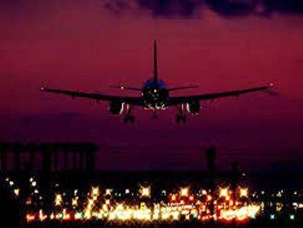 Кияни виступають проти нічних польотів літаків над столицею