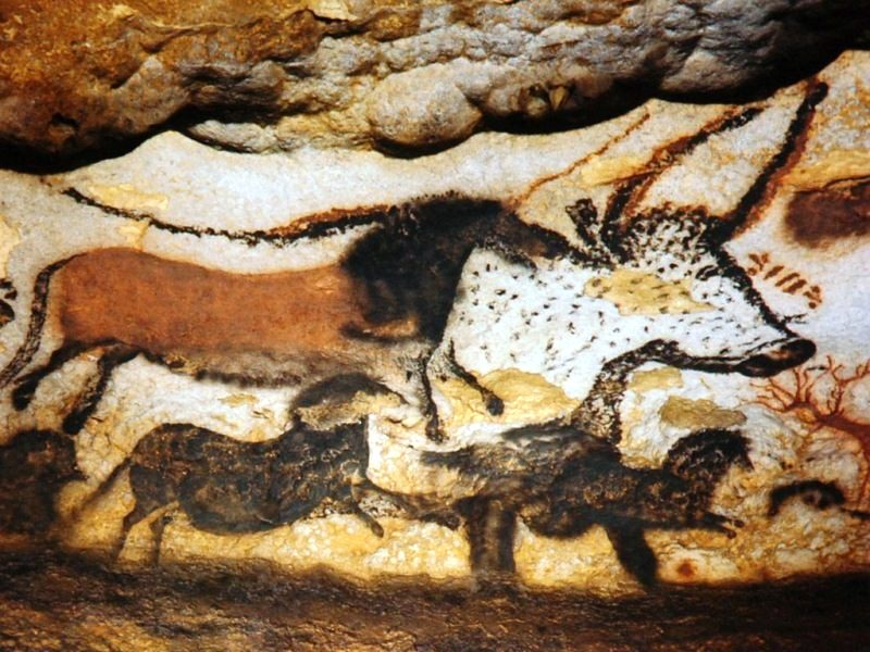 Наскальні малюнки в печері Ласко Франція