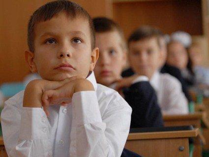 Про таку форму, як у цьому селі на Прикарпатті, мріють усі школи країни (фото)