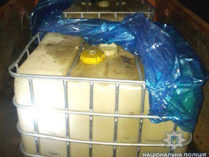 «Націдили» соляри на 6 мільйонів: на Волині судитимуть ділків, які «врізались» в нафтопровід