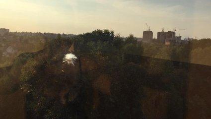 У Луцьку стріляли по вікнах спального району