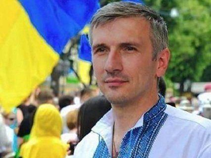 Потерпілий активіст Михайлик опритомнів, до нього приставили охорону