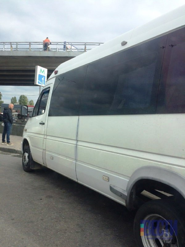 У Києві біля метро